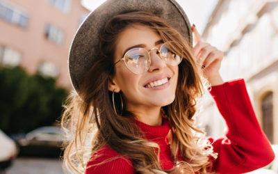 Jak pokonać krwawienie dziąseł i uzyskać perłowo biały uśmiech?